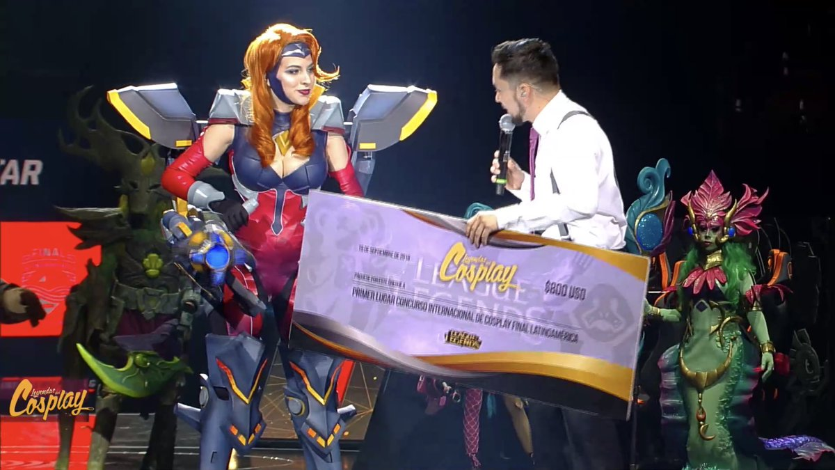 Peyton Riley se lleva el primer lugar de cosplay en la Final Movistar